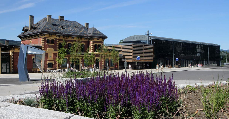 Lillehammer Train Station, houses tourist office
