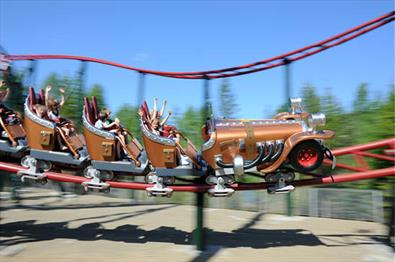 "Familiepark, karusellen ""Il Tempo Extra Gigante"""