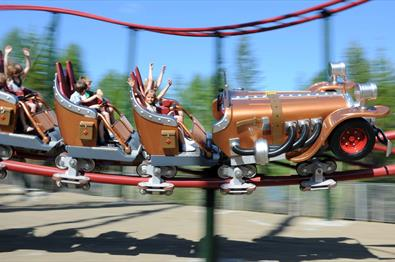 The Il Tempo Gigante carousel in the Hunderfossen family park